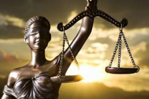 Подать жалобу на адвоката - образец, как написать, куда можно подать жалобу